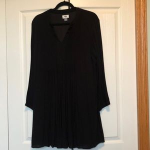 Old Navy Long Sleeve Black Dress